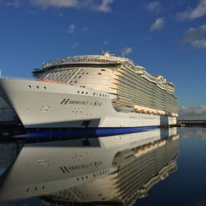 rci_harmony_of_the_seas_st_(1)