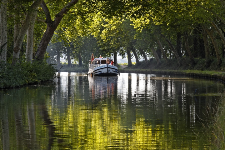 image_manager__shadowbox_canal_du_midi_-_cr__dit_locaboat